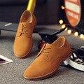 2017 Venta Caliente Hombres de La Moda de Cuero de Gamuza Zapatos Casuales hombres de la primavera marea otoño Diseñador de la marca Zapatos de Los Hombres Ocasionales Atan Para Arriba Los Zapatos Hombres
