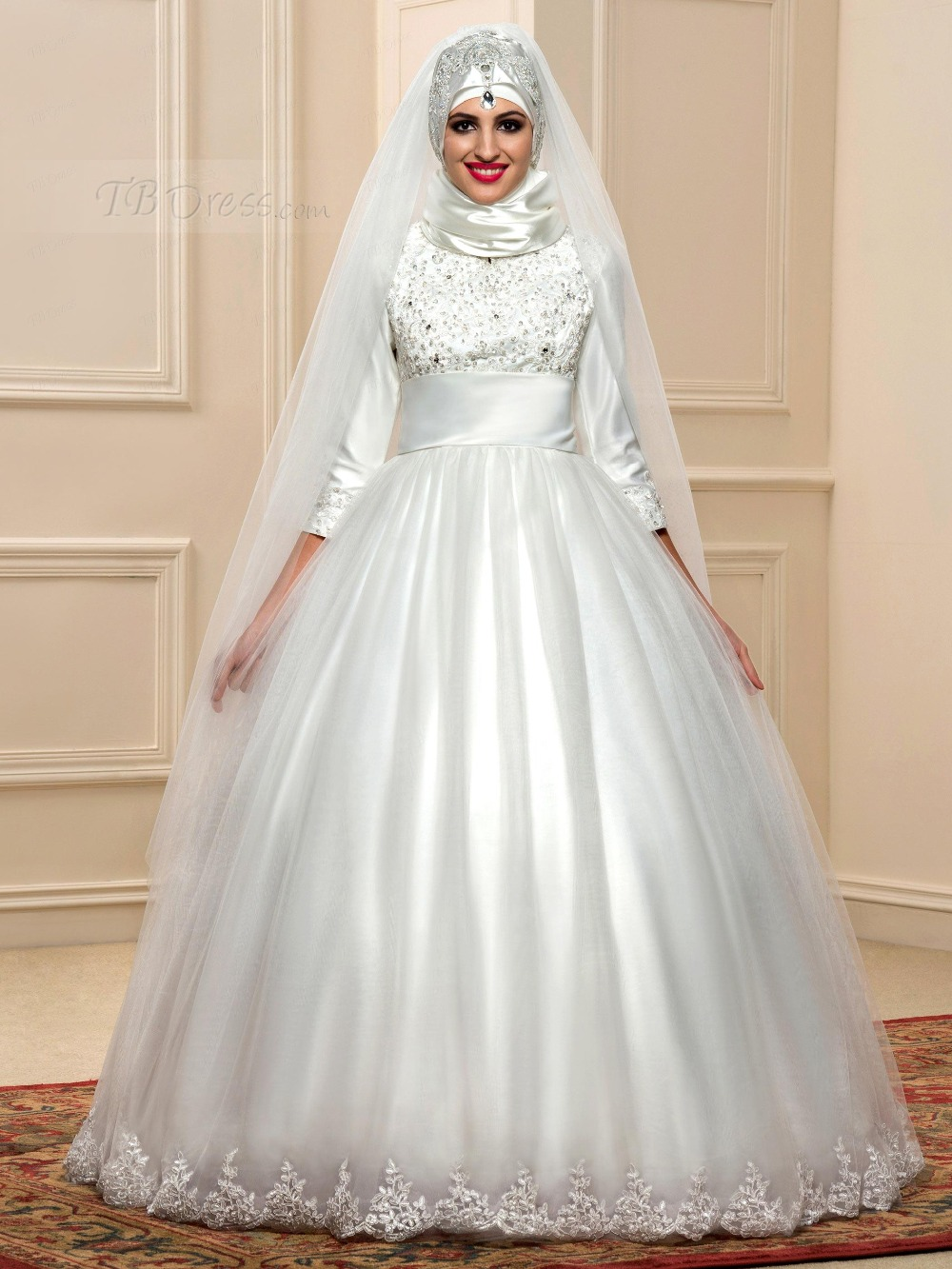 Three quarter sleeve muslim wedding dress white ball gown for One arm wedding dresses