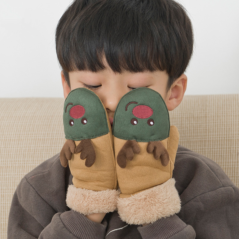 New winter season suede lovely Christmas deer cartoon children warm gloves with neck hung gloves for 8 to 14 years old