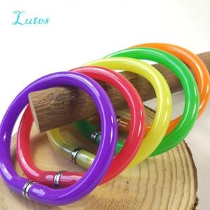 Image 2 - Шариковая ручка радужного цвета с браслетом, 50 шт., забавные подарки вечерние, детская игрушка, шариковая ручка на запястье, гибкая ручка для офиса и учебы