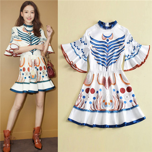 df425673ce new italian style fashion high quality female clothes 2018 summer blue  pattern floral print elegant mini dresses free shipping-in Dresses from  Women s ...