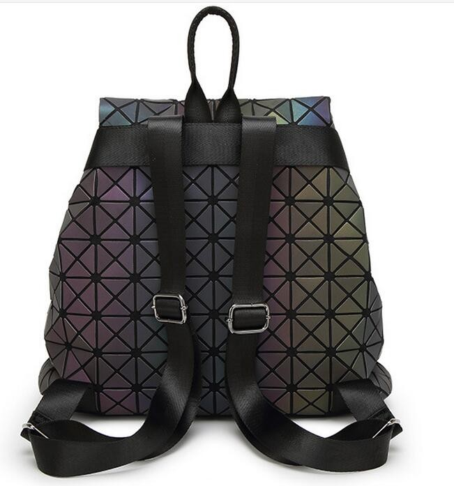 Biseafairy Luminous Backpack Diamond Lattice Bag Travel Geometric Women Fashion Bag Teenage Girl School Noctilucent Backpack 14