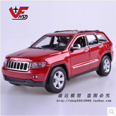 Jeep Grand Cherokee 1:24 Maisto Original metal alloy car model simulation Decoration SUV Toy Luxury cars