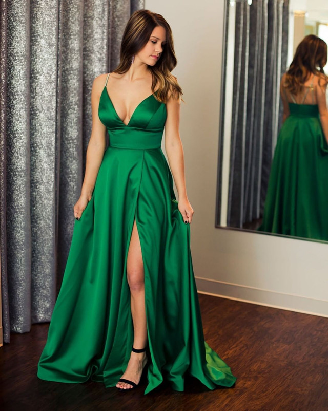 Spaghetti Straps Deep Neck Green   Prom     Dress   with Slit