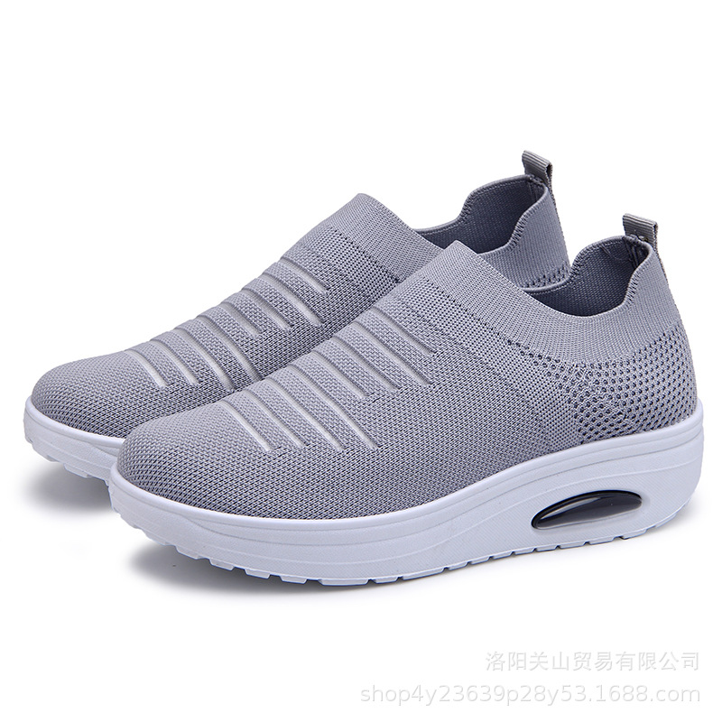 Europe 2019 Summer New Breathable Women Shoes Flat Platform Shoes Woman Stretch Fabric Socks Shoes Slip-On Comfortable Non-slip