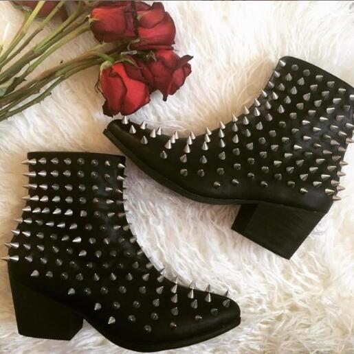 Newest Silver Spikes Women Pointy Toe Ankle Boots Chunky Heel Ladies Black Leather Boots Knight Style Female Martin Boots Size42 2018 new suede leather patchwork women flodover mid calf boots sexy pointy toe ladies blade heel boots zipper knight boots