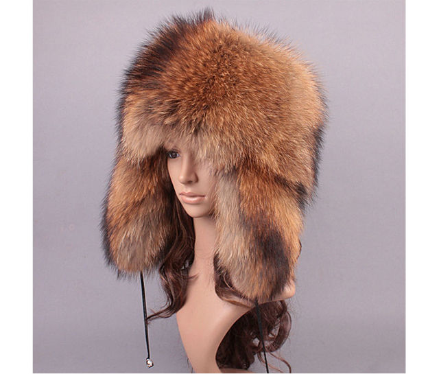 2017 New Luxurious Womens Whole Raccoon Fur Hats with Earflaps Lady Natural Fur Caps Winter Warm Fur Adjustable Headwear LX00810