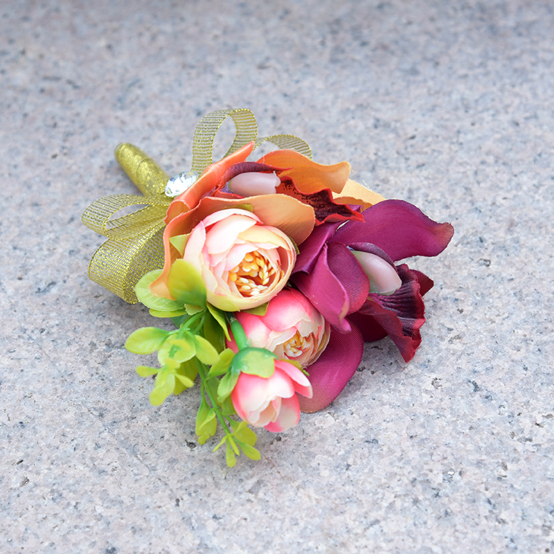 DSC_8569  Romantic Synthetic Wedding ceremony Bouquets Flower 2018 Boutonnieres for Groomsman Man Go well with Bridemaid Wrist Corsage Wedding ceremony Equipment HTB1BaS6bMjN8KJjSZFgq6zjbVXaN