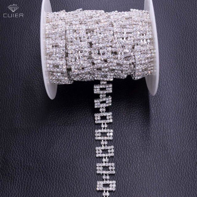 10yards Wholesale Square Crystal rhinestone chains for Bridal belt Decoration  Appliques Sew on Glass rhinestones trim bf7a532935a2