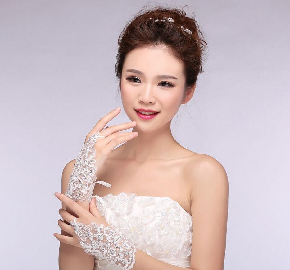 short paragraph mitts The Bride Wedding Dress Gloves Luxury ...