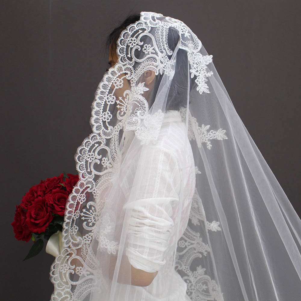 2019 Verkliga bilder Konstgjorda Röda Rose Bröllopbuketter Vackra - Bröllopstillbehör - Foto 5