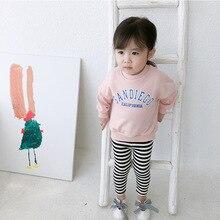 Осень, Новое поступление, хлопковая Повседневная Толстовка в Корейском стиле с круглым вырезом и буквенным принтом для милых маленьких девочек