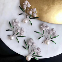 Dumb Gold Silver Natural Stone Leaf Brooches Pins Vintage natural Pearl Women Brooch Wedding Accessories Jewelry