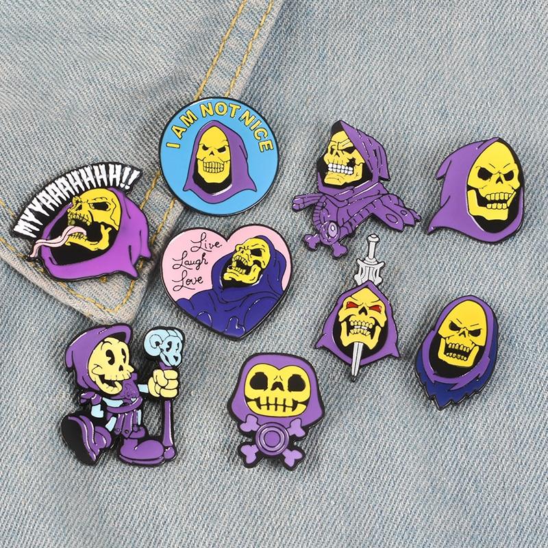 10 Styles 80's Skeletor Purple Hood He-Man Masters Of The Universe Heart Live Laugh Love Skull Halloween Enamel Brooches Pins