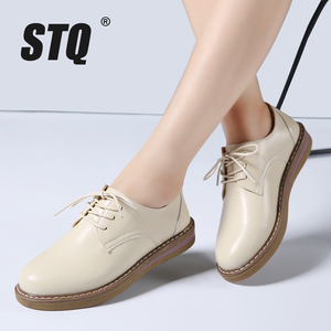Image 1 - STQ 2020 Autumn Women Oxfords Shoes Flats Shoes Women PU Leather Lace Up Flat Heel Rubber Boat Shoes Round Toe Moccasins QSG932