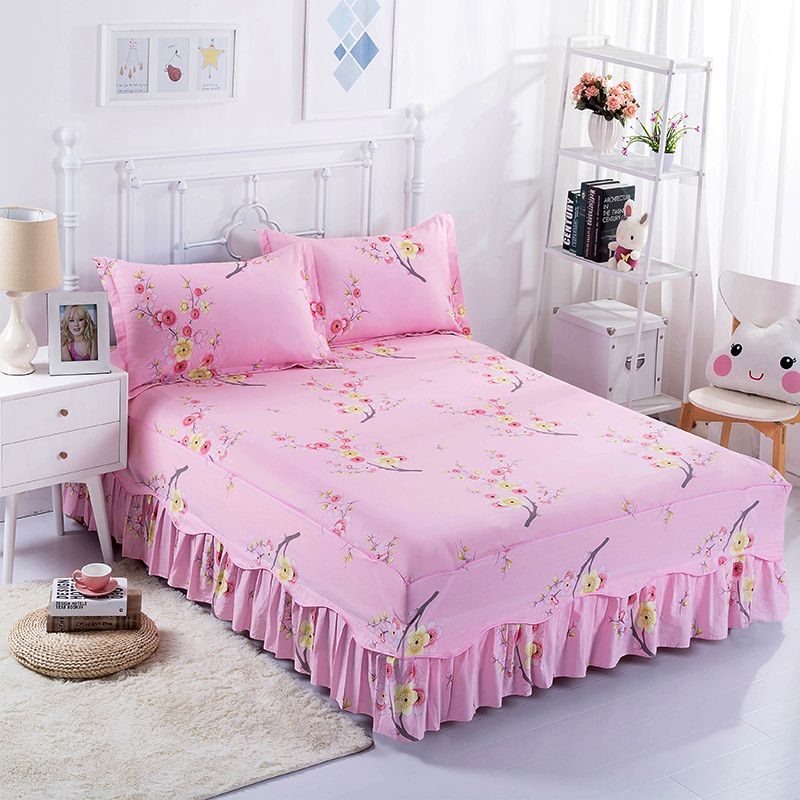 Elegant And Beautiful Cotton Pink Flower Prints Comfortable And Breathable Warm Bedding Three Sets Of Bed Skirt + Pillowcases