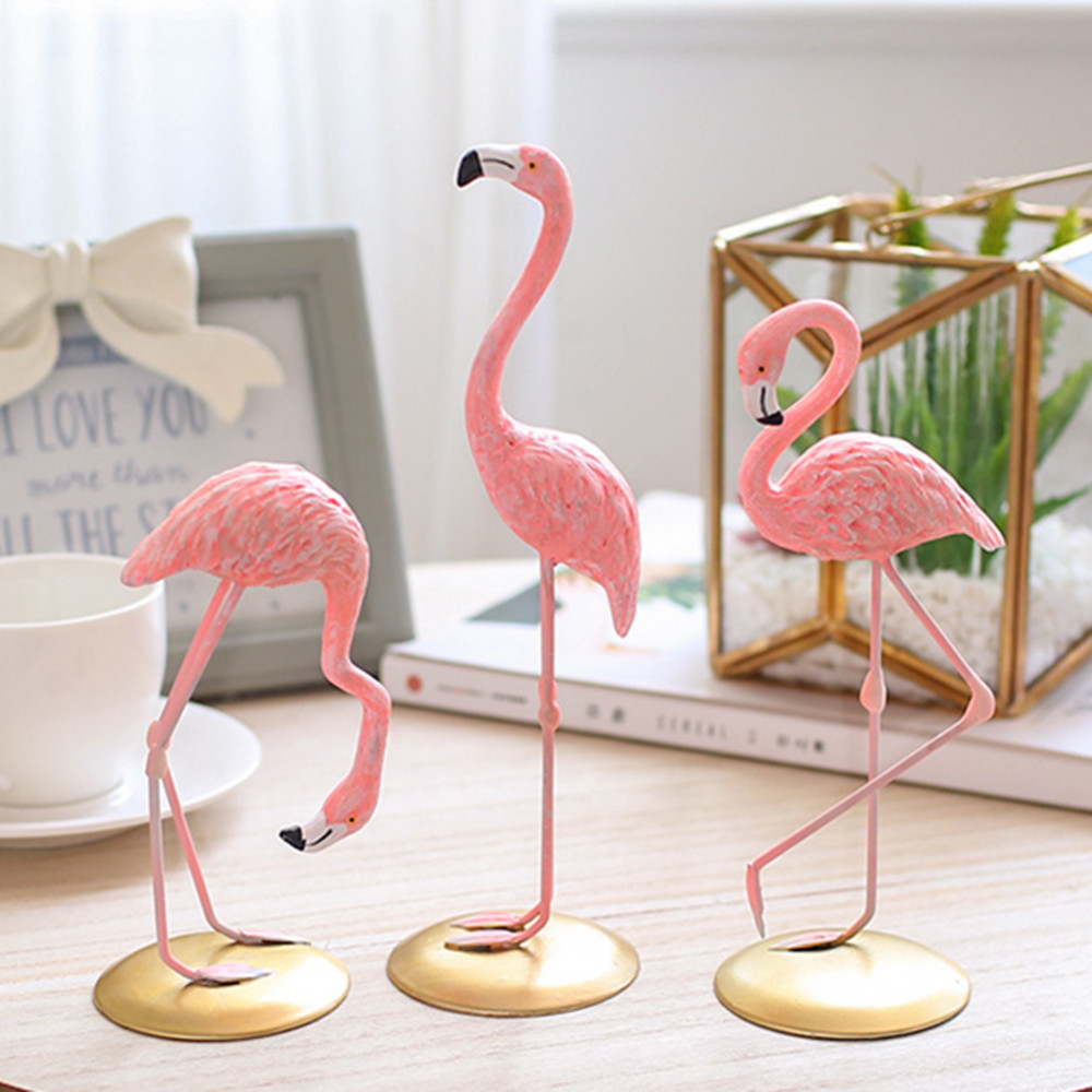 3 Style Pink Flamingo Cute Animal Shaped Resin Ornament Tabletop Decoration Living Room Home Garden Yard Decoration