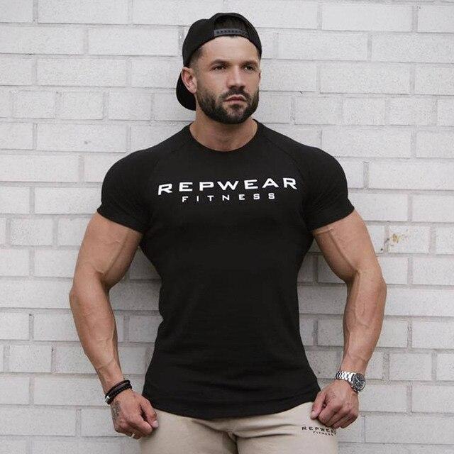 Homens de algodão camisa de manga Curta t Verão Academias de fitness  Musculação Apertado T- 7e7e01d14aa