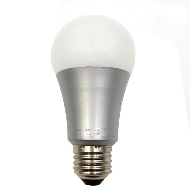 Bunte lampe affordable saloon uni x cm bunt mit schirmen for Lampe mit mehreren schirmen