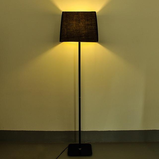 eenvoudige moderne ikea creatieve persoonlijkheid zwarte decoratieve staande lamp staande lamp lamp slaapkamer woonkamer slaapbank