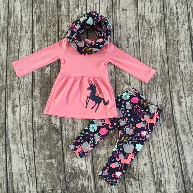 Otoño/invierno 3 unidades de la bufanda de color rosa bebé niñas niños TRAJES Unicorn print pant nuevo diseño venta caliente boutique de ropa para niños conjuntos