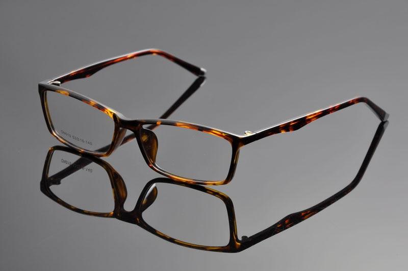 e7bb4bd4dbe DeDing Casual Fashion Horned Rim Rectangular Frame Clear Lens Eye Glasses  Frame for myopia presbyopia lens frame glasses DD1293-in Eyewear Frames  from ...