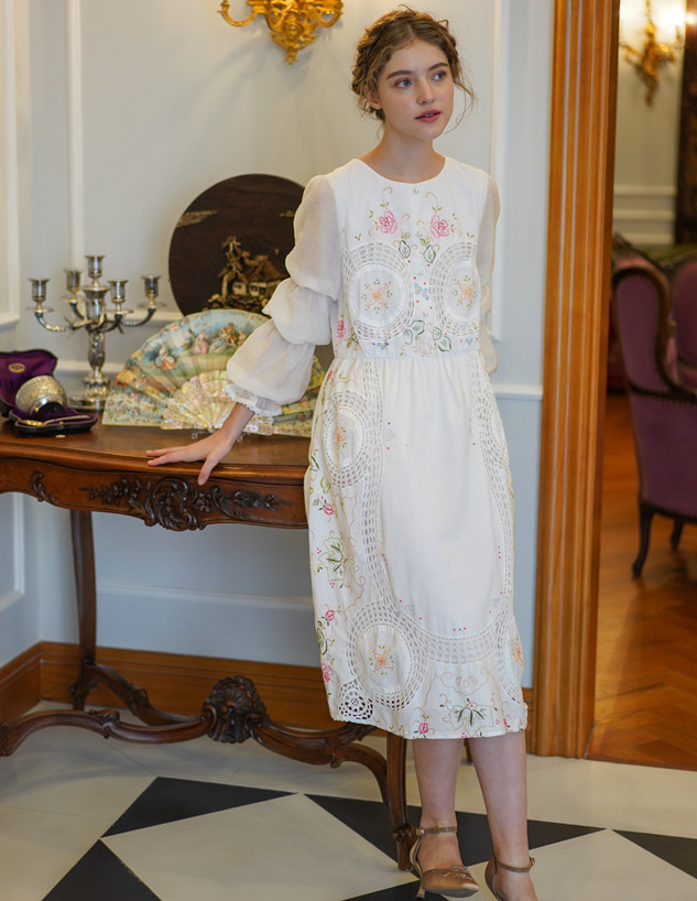 Printemps femmes Vintage élégant coton blanc robe mi-longue conception originale à la main édition limitée Antique Crochet brodé robe