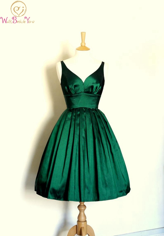Green Cocktail Party Dress Short Length A-line V-neck Sexy Elegant Pleat Ruched Satin Custom Made Zipper Back Cocktail Gown