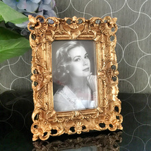 European style photo frame relief Rubens gold plated luxury square pendulum 7inch
