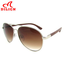 DILICN Gradient Brown Lens Bamboo Aviator Sunglasses Hot Rays Vintage Retro Metal Wooden Sun Glasses Men Oculos De Sol Masculino