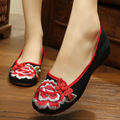 peony embroideried shoes women's flower casual shoe black and red