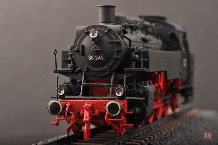 DIY Assemble Train Model 82914 1/72 German BR86 Steam Locomotive