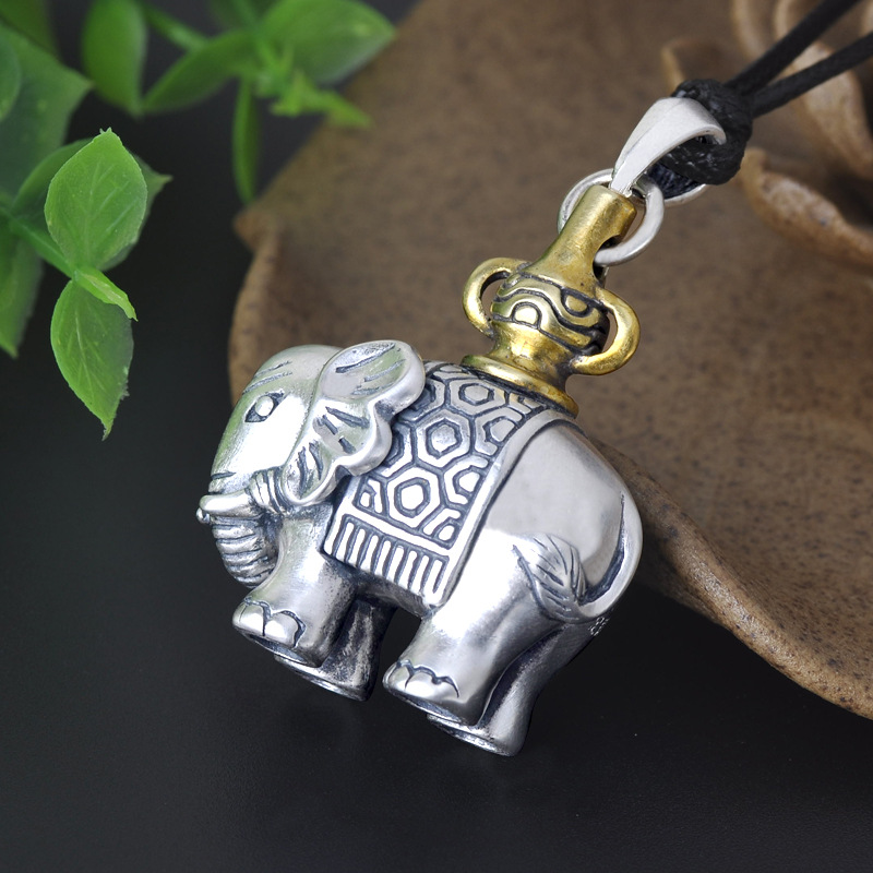 925 pure   Joker Thai silver restoring ancient ways female silver elephant pendant sweater chain pendant jewelry wholesale925 pure   Joker Thai silver restoring ancient ways female silver elephant pendant sweater chain pendant jewelry wholesale
