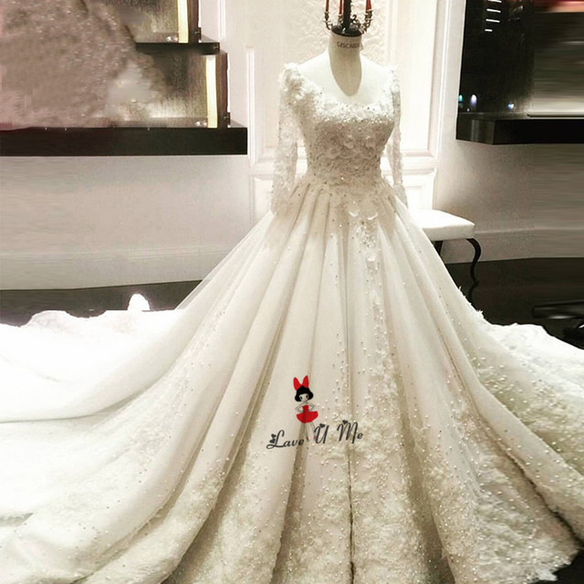 Hochzeitskleid Vintage 3D Flowers Long Sleeve Wedding Dress Lace Pearls  Puffy China Bride Dresses Luxury Wedding Gowns Church 977e71ca7442