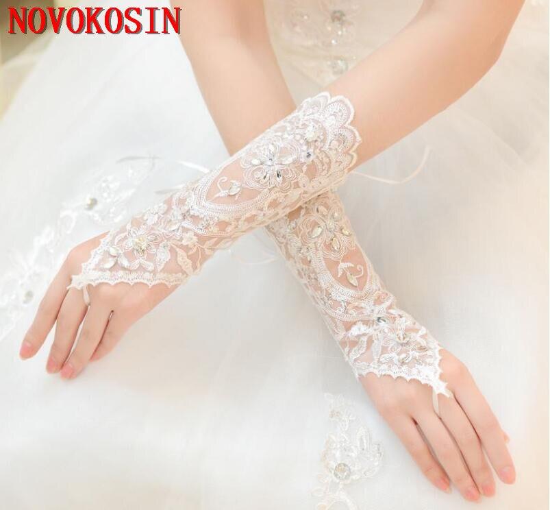 2019 Luxury Short Lace Bride Bridal Gloves Wedding Gloves Crystals Wedding Accessories Lace Gloves for Brides Fingerless Wrist