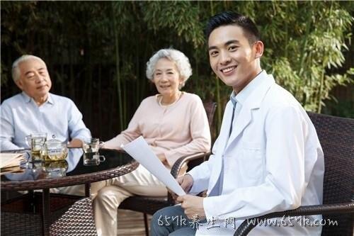 老人怎么预防便秘 老人便秘易引发各种疾病你知道吗