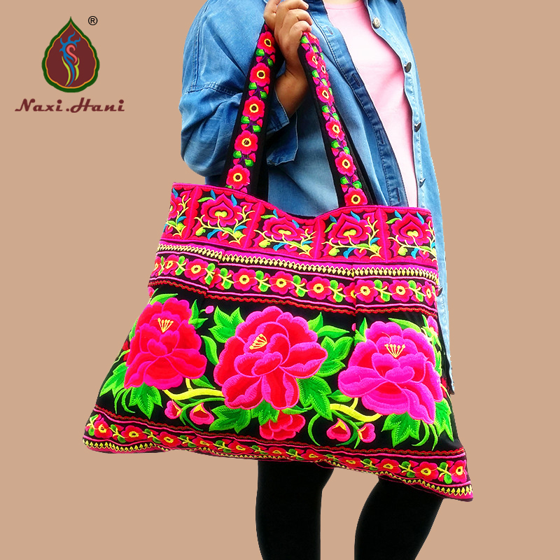 Best selling Bohemia cotton cloth embroidered Large size women handbags Ethnic Vintage embroidery casual travel Shoulder bags ethnic embroidered black cami dress for women