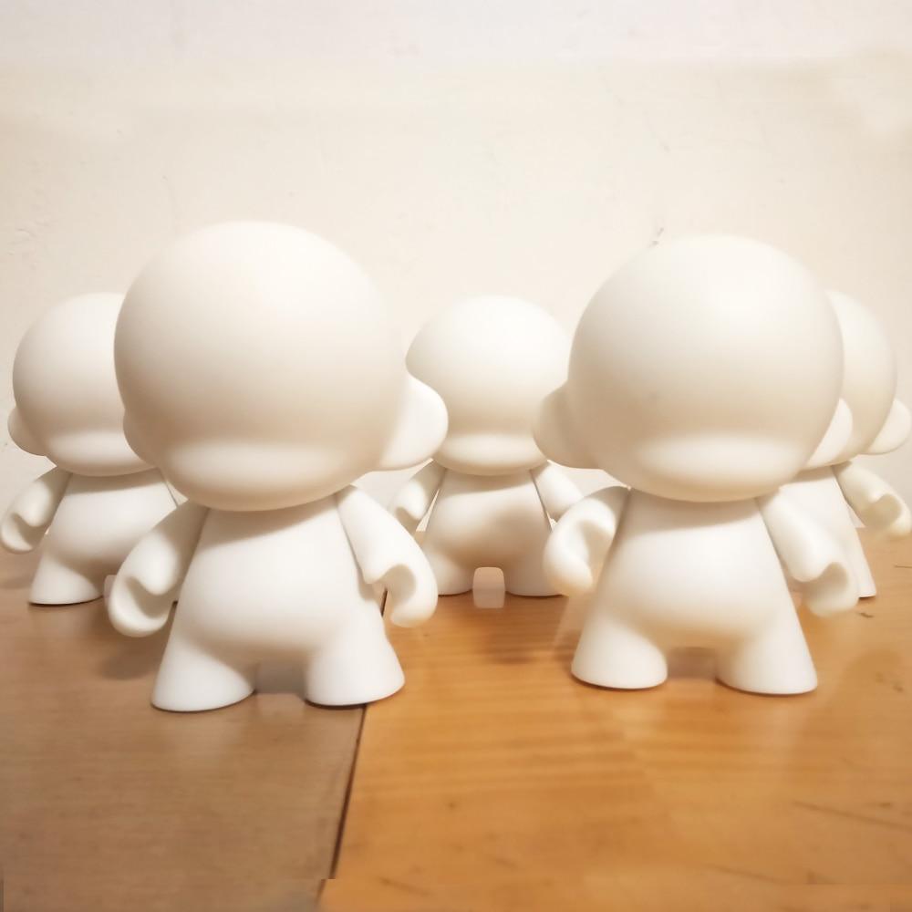 5 հատ 4 դյույմ Kidrobot munny սպիտակ սև DIY տիկնիկ խաղալիքների նվեր ընկերոջ աղջկա ընկերոջ տանը և մեքենայի գրասենյակի ձևավորման համար