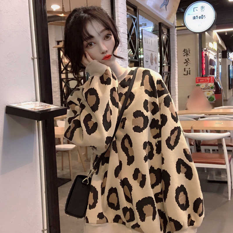 Harajuku style thickening leopard hoodies women fashion brands autumn winter loose o-neck pullovers long sleeve Sweatshirts new