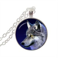 Wolf pendant necklace gothic jewelry glass cabochon silver chain statement necklace women jewelry animal picture choker neckless