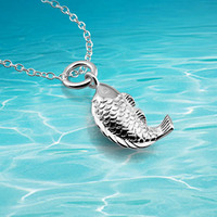 Free Shipping Chinese Style Retro Cute Little Female Models 925 Sterling Silver Carp Pendant Necklace Poisonivy