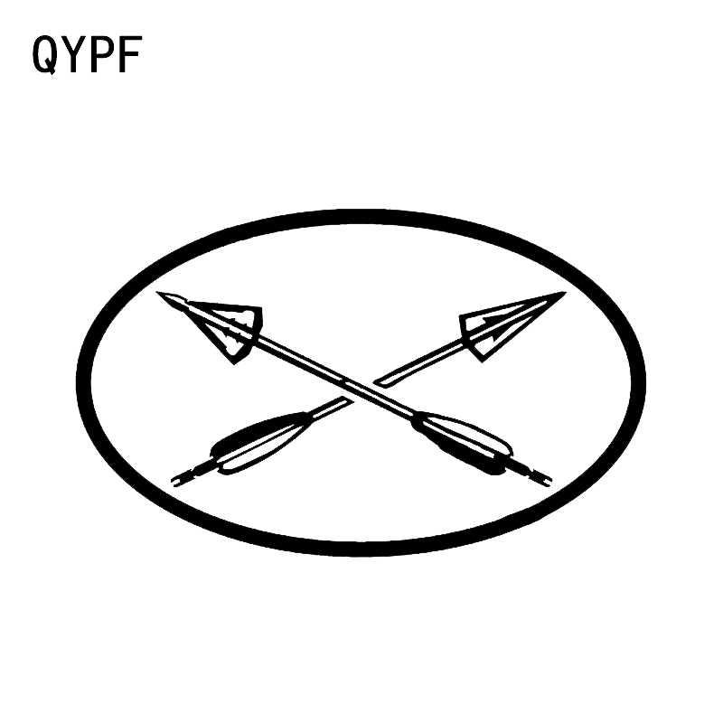 QYPF 13.5*8.2 سنتيمتر للاهتمام البيضاوي القوس الصيد السهم رئيس الصليب السهام الاكسسوارات ملصق سيارة الفينيل C16-1637