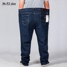 Büyük boy erkek kot 42 44 46 48 50 52 klasik düz kot erkek elastik gevşek Casual Denim pantolon marka pantolon siyah mavi