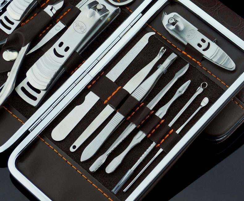nail clippers (16)