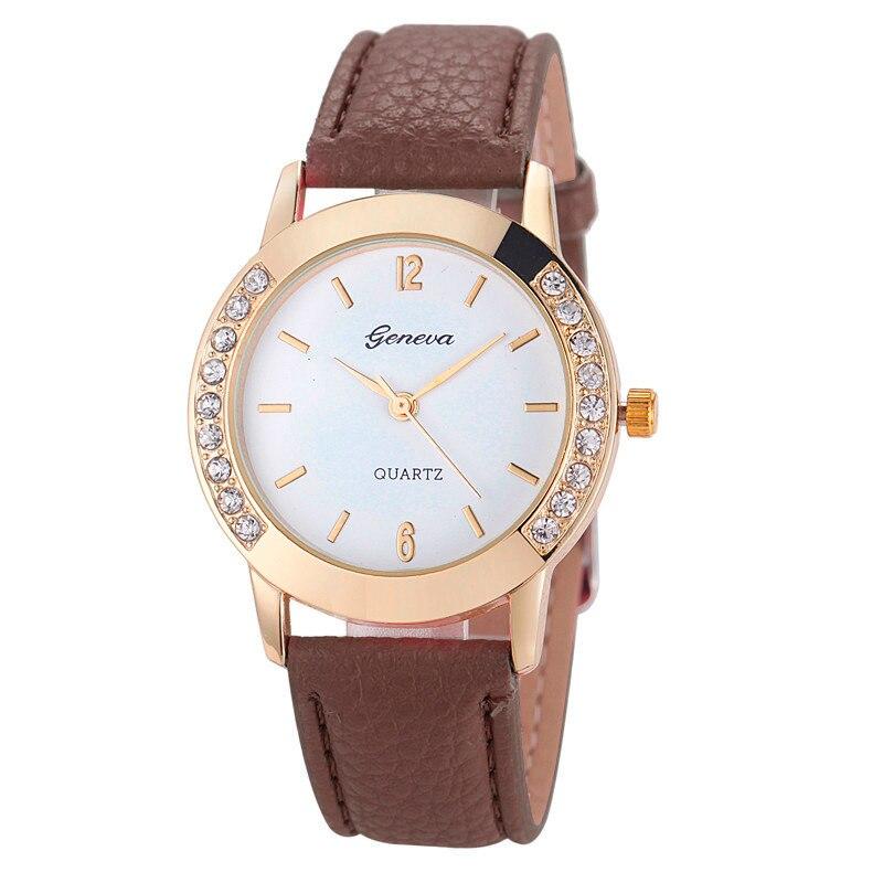 57e73da57af Moda Genebra Mulheres Relógios De Luxo Diamante de Couro Analógico de Pulso  de Quartzo Casual Relógios do Relógio Relogio feminino Bayan Kol Saati
