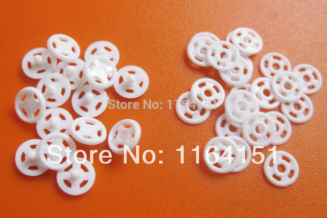200set/lot 7mm Kids Accessories Button Sewing Garment Buttons For Craft Sewing Button WHITE Sewing Garment Buttons