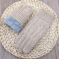 Женские шерстяные перчатки толстые тёплые 1