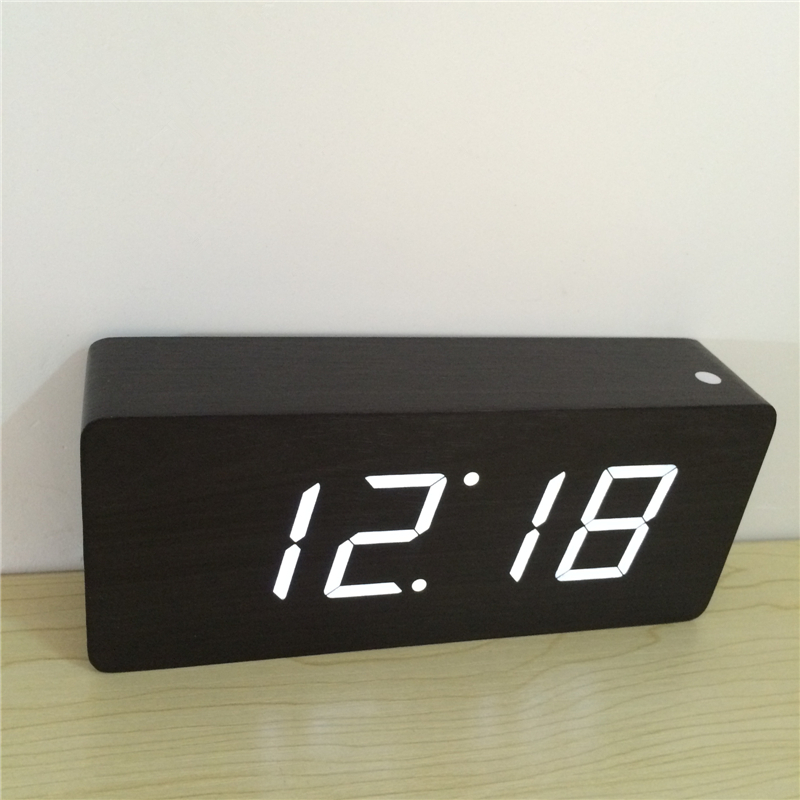 2018 nouveau Moderne Calendrier Alarme Horloges, thermomètre En Bois horloges, affichage LED Horloge, gros chiffres avec numérique horloges A58DNA