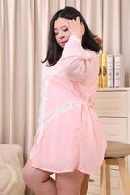 2XL-3XL плюс Размеры сексуальные ночные рубашки женские халат розовый сна банный халат Домашняя одежда ночной рубашке Глубокий v-образным вырезом volie халаты