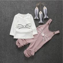 2017 Printemps Mignon Lapin Bavoir Bébé Vêtements 2 pcs Bébé Fille Tenue rose chat salopette t-shirt + bib pantalon filles vêtements ensembles